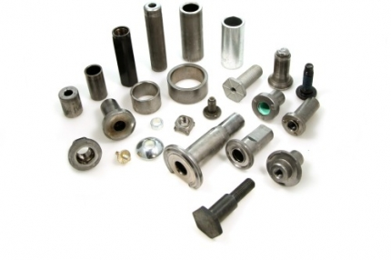 Sujetadores (fasteners) formados en frío