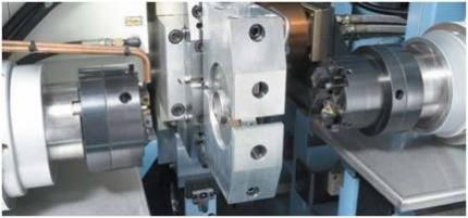 Centro de maquinado para cortar, maquinar, lavar u medir tubos